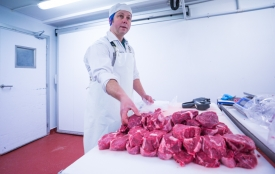 Neil-Bigwood-Commercial-Complete-Meats-Factory-Tour-117