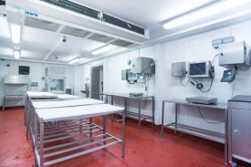 Neil-Bigwood-Commercial-Complete-Meats-Factory-Tour-21