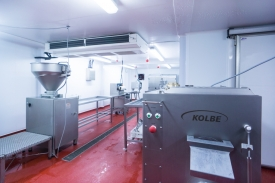 Neil-Bigwood-Commercial-Complete-Meats-Factory-Tour-28