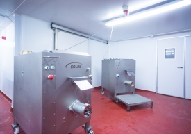 Neil-Bigwood-Commercial-Complete-Meats-Factory-Tour-30