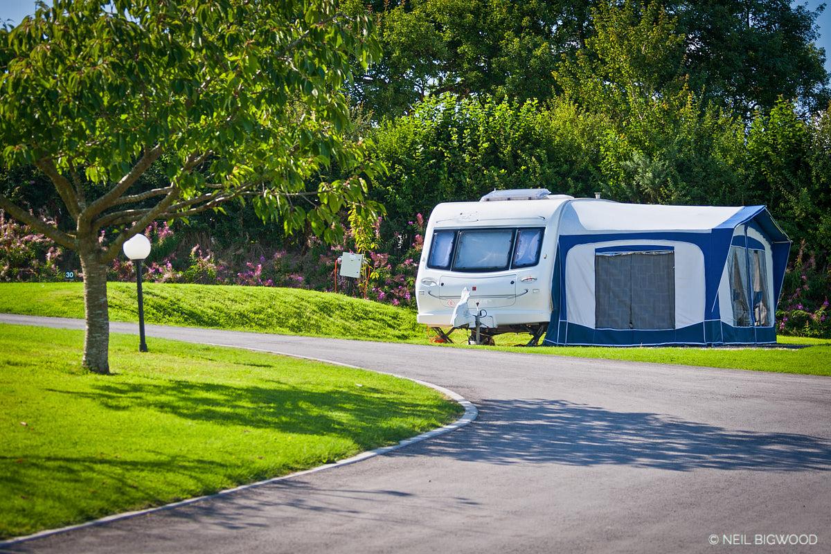 Neil-Bigwood-Monkton-Wyld-Touring-11